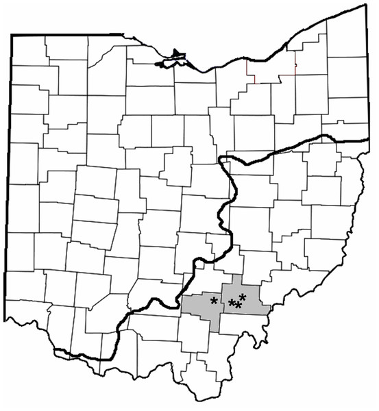 County map of Ohio highlighting the counties where trapping occurred (gray shading; Vinton and Athens) and location of the reservoirs (asterisks).